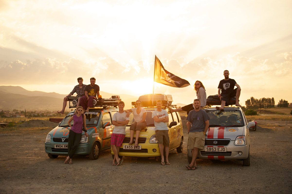 Mongol-Rally-Suzuki-Wagon-Teams-Turkey-Sunset